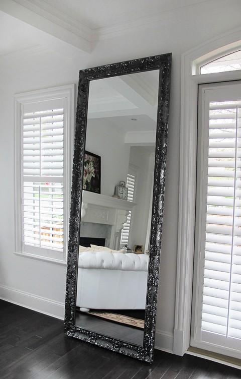 lavo-mirror